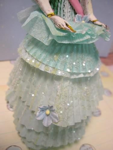 Cupcake Liner Dolls! 10