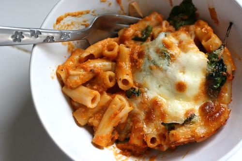 Easy Roasted Balsamic Pasta Sauce | tomato recipes | marinara recipes | dairy-free recipes | paleo recipes | Whole30 recipes | perrysplate.com