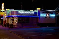 81/365: Threadgill's (OscarAmos) Tags: night 35mm austin neon texas hdr project365 exposurefusion nikond5100