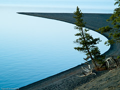 yellowstone lake (Raj.Koppula) Tags: travel lake landscape flickr minimal yellowstone grandtetons