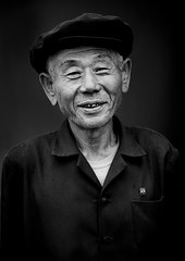 Hamhung farm hero - North Korea (Eric Lafforgue) Tags: old man war asia farm korea cap badge hero worker asie coree northkorea dprk coreadelnorte nordkorea 1446 북한 北朝鮮 корея coreadelnord 조선민주주의인민공화국 северная insidenorthkorea 朝鮮民主主義人民共和国 rpdc βόρεια kimjongun coreiadonorte เกาหลีเหนือ