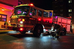Buffalo Fire Engine 32 (HANGAR ENT.) Tags: new york city usa america truck fire buffalo state united 911 engine company rig states ladder emergency amerika feuerwehr department