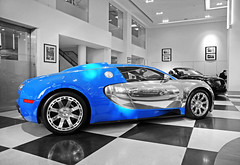 Bugatti Veyron Centenaire Edition ''Jean-Pierre Wimille'' (Robin Kiewiet) Tags: auto uk france london cars robin sport race volkswagen french jack photography nikon britain united 4 ss great group 110 kingdom grand automotive super racing mans le gb 1750 hours 24 autos 407 tamron edition lor bugatti hermes blanc f28 supercar fastest 1939 par eb vag racer w16 barclay centenaire supercars 1001 veyron 253 bhp kiewiet ettore molsheim eb110 fbg hypercar turbochargers d300s