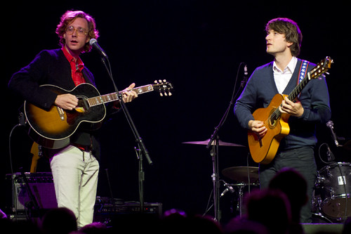 kings_of_convenience-music_box_ACY9416