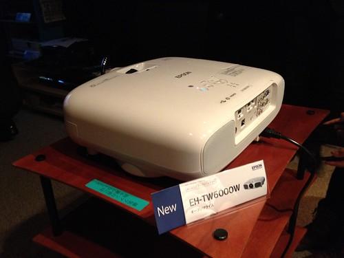 EH-TW6000W 背面