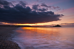 Another Dawn at the Mount (ICH-Photos) Tags: uk morning blue light sea england sky orange cloud sun sunlight seascape color colour reflection beach water crimson weather yellow rock clouds sunrise canon reflections landscape flow gold dawn bay coast cornwall waves pattern colours britain pa
