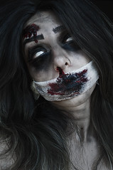 Happy Halloween, Zombies (and Witches)! Feliz dia das bruxas! (Larissa Grace.) Tags: red portrait black halloween face make up look ink happy photography photo blood eyes nikon paint flickr foto para witch zombie re