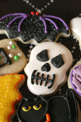 Mini Bat & Mini Skull Cookies.