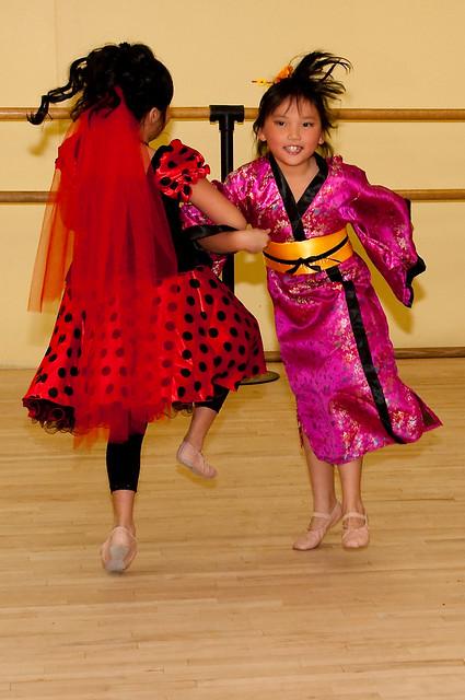 Halloween ballet '11 012