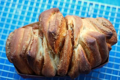 Speculoos loaf, baked