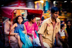 Urban Flow (LPelka) Tags: voyage street india blur movement asia delhi asie rickshaw flou rajasthan mouvement indedunord