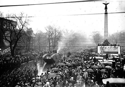 toronto-military-parade-world-war-I