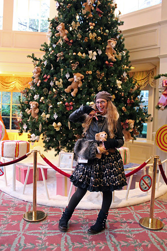 With my Duffy in front of the Duffy filled Christmas tree