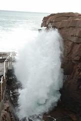 Thunder Hole. (BT488) Tags: ocean travel usa seascape water america waves maine cliffs touristattraction crashing acadianationalpark thunderhole