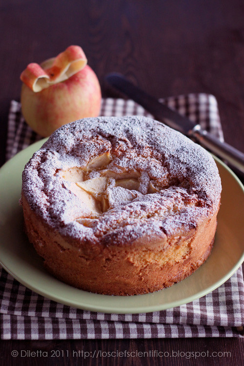 Apple & Almond Cake