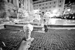 (_tharaka) Tags: italy rome roma fountain beer europe steps pantheon colosseum pizza spanish trevi di piazza fontana arco costantino colosseo basillica fontane tharaka pathirage