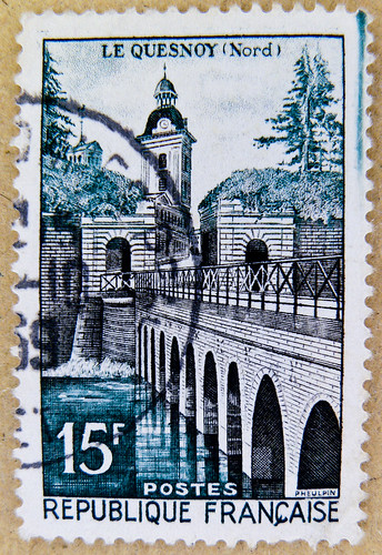 beautiful french stamp France 15f Postes postage stamps poste-timbres Republique Francaise sellos Briefmarken porto franco Le Quesnoy selo França francobolli Francia sello 邮票 法国 yóupiào Fǎguó почтовая марка Франция ongkos kirim perangko Perancis رسوم ال
