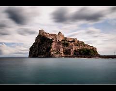 Star die (Sante sea) Tags: longexposure sea sky italy island italia mare cielo ischia isola castelloaragonese gennaio2012challengewinnercontest