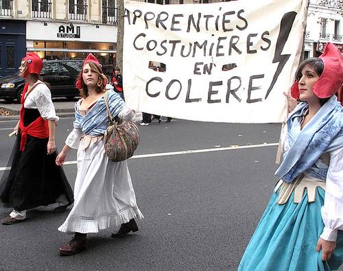 demo-paris-Oct-12-2011-costume-6132