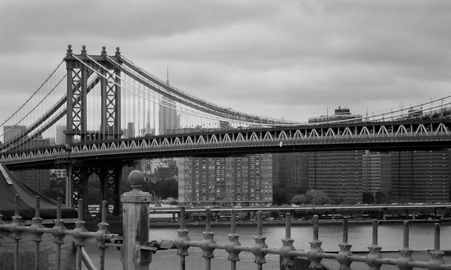 "Manhattan Bridge • <a style=""font-size:0.8em;"" href=""http://www.flickr.com/photos/32810496@N04/6271640667/"" target=""_blank"">View on Flickr</a>"