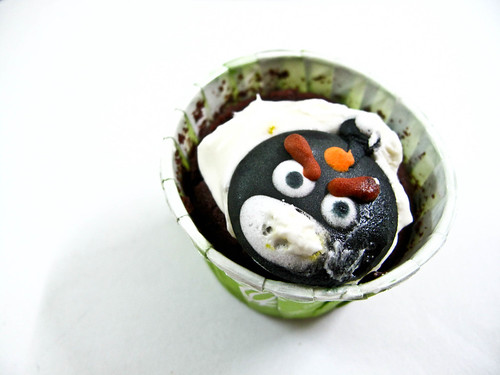 IMG_2116  Angry Bird  Cupcake , for this Children Day !