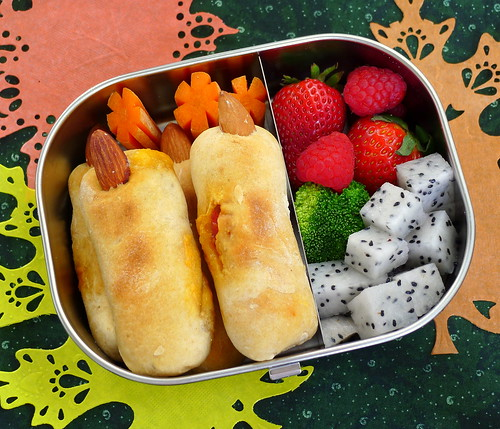 Monster Fingers Bento by sherimiya ♥