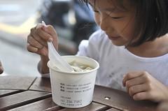 20111026-zozo吃豆花-1