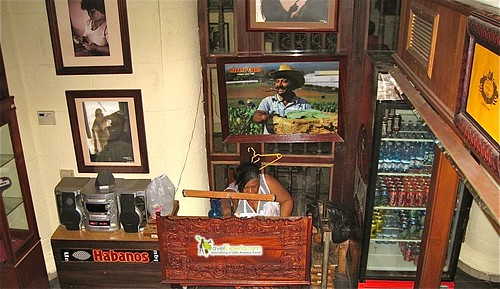 Rolling Cigars - Cuban Art