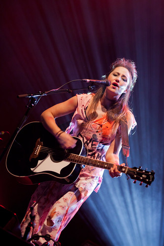808/1000 - KT Tunstall by Mark Carline