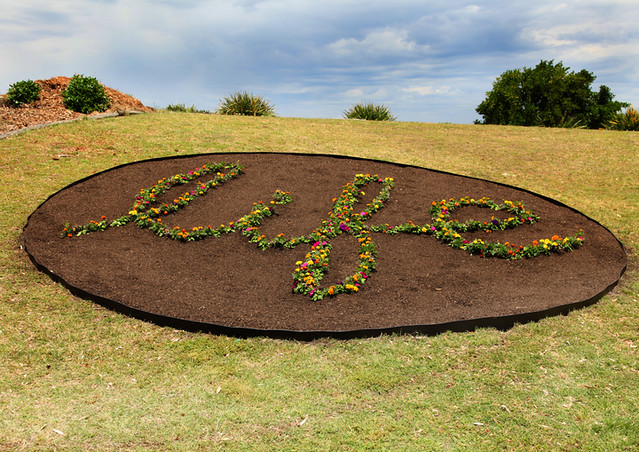 Ian-Swift--garden-mandala--Sculpture-by-the-Sea,-bondi-2010--Photo-Samantha-Burns[2]