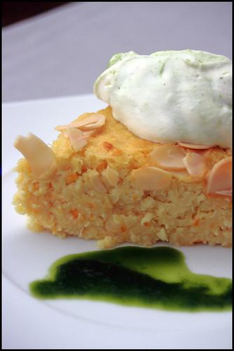6311633406 fbb81dec5c Gâteau à l'orange et amandes, crème au sirop de basilic