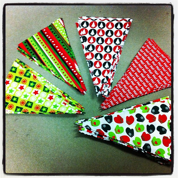 10 on 10 #8 Progress has been made on Christmas bunting tonight.