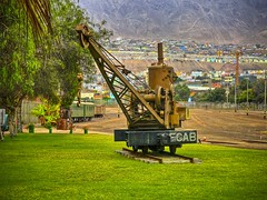 Antofagasta - Antigua grúa ferrocarrilera (Victorddt) Tags: chile crane sonycybershot ferrocarril antofagasta grúa fcab iiregión dsch55
