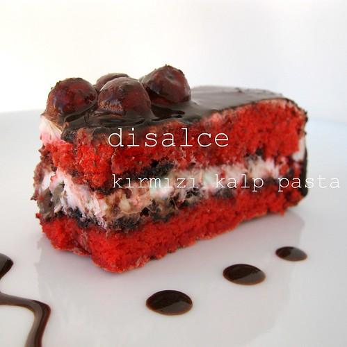 kırmızı kalp pastaa