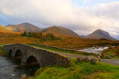 sligachan bridge (gmj49) Tags: bridge mountains skye water river scotland sony sligachan gmj a350 thebestofday gününeniyisi mygearandme ringexcellence artistoftheyearlevel2