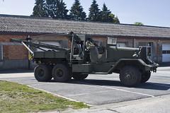Bastogne 2011 : Heintz Barracks M1A1 Heavy Wrecker (Hermen Goud Photography) Tags: truck canon soldier army tank belgium belgie gare military wwii ardennes vehicle armour m4 sherman trier leger battleofthebulge bastogne 2011 treve eos40d legervoertuig 2dewereldoorlog themardassonmemorial