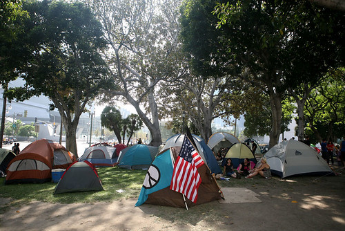 Occupy LA - Tents Infront of City Hall (Photo: obscurafx, flickr)