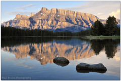 Mount Rundle (Panorama Paul) Tags: panorama canada sunrise alberta mountrundle picnictables banffnationalpark nohdr sigmalenses twojackslake nikfilters nikond300 wwwpaulbruinscoza paulbruinsphotography thepowerofnow