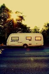 Berlin (GZZT) Tags: street sun berlin germany deutschland strasse sonne wohnwagen moabit kamper 030 guessedberlin 10557 gwbgmittelberg gzzt martinbriese berlinintimcleverpoppen 17102011 17oktober2011 markennummer008254881