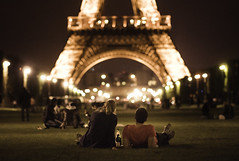 Paris Paris (joannablu kitchener) Tags: paris france night nikon couple bokeh f14 eiffeltower 80mm d90 kitchenerphotography