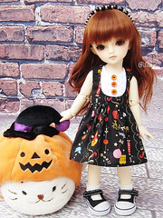 Halloween dress for Yosd (BeautifulPinPin) Tags: halloween outfit doll dolls cloth volks yosd beautifulpinpin bjdcloth