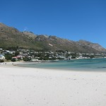 "Gordon's Bay <a style=""margin-left:10px; font-size:0.8em;"" href=""http://www.flickr.com/photos/14315427@N00/6273283954/"" target=""_blank"">@flickr</a>"