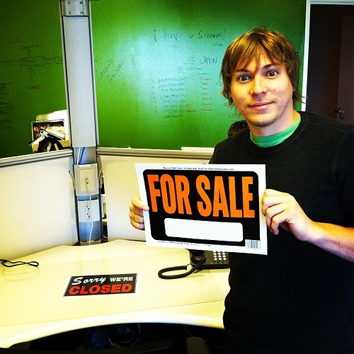I sold Kyle his office desk back by thismeik