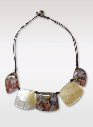 Mother of Pearl necklace with print P845