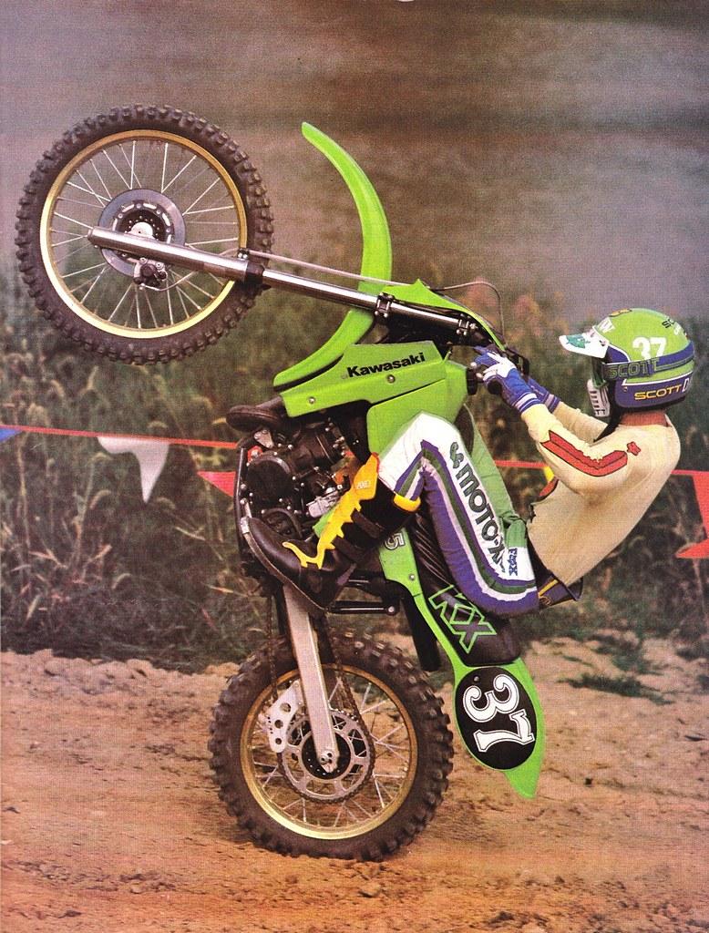 Kid Dirt Bike Wheelie Yamaha