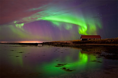 Encircled Boathouse, Reykjavk - Iceland (skarpi - www.skarpi.is) Tags: ocean city sea house seascape reflection green night stars island star reflecting boat iceland nightscape north reykjavik aurora boathouse reykjavk sland northernlights auroraborealis borealis ntt ljs norurljs