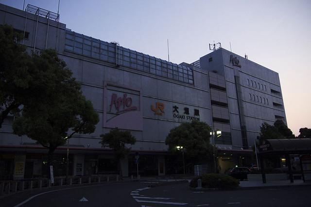 110521_044846_大垣朝散歩_大垣駅