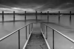 Rampa (nancian) Tags: barcelona longexposure sea black mar blackwhite ramp nd catalunya rampa largaexposicion neutraldensity densidadneutra