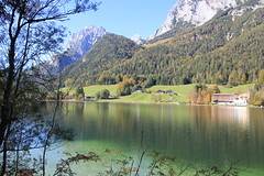 Ramsau - Hintersee (PeterVanHaan) Tags: holiday alps bayern bavaria urlaub alpen hintersee ramsau bgl crystalclearwater bavarianalps berchtesgadenerland bayerischealpen berchtesgadeneralpen kristallklareswasser trkisfarbeneswasser turquoisecoloredwater