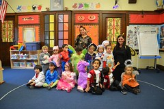 Class Picture (Joe Shlabotnik) Tags: halloween costume flickr carina violet marshall una claudia rhys landon nihal 2011 theresak katherinef andrewq samanthah christopherm nirvaan isabellam october2011 victoriak